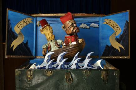 Famous Puppet Death Scenes an interesting approach to death, but doesn't quite hithome